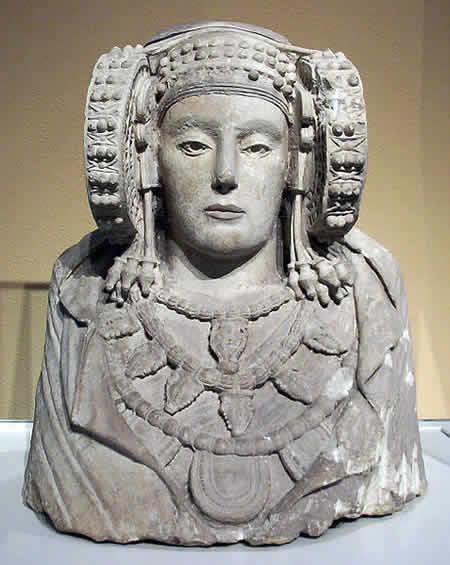 有名な古代イベリア彫刻は?